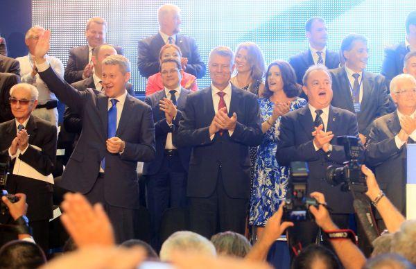 PNL: Prin compararea regimului Basescu cu regimul nazist, premierul Ponta trivializeaza Holocaustul
