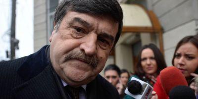 Curtea Constitutionala ar putea anunta luni daca il suspenda pe judecatorul Toni Grebla, urmarit penal pentru coruptie