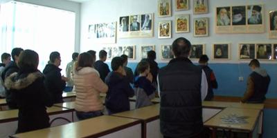 Ora de Religie. S-au incheiat inscrierile pentru cursurile de Religie. 2.123.645 de cereri au fost inregistrate pana vineri la ora 18.00