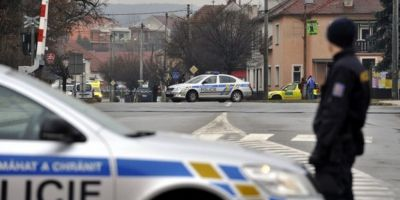 Opt persoane, ucise intr-un restaurant din Cehia de
