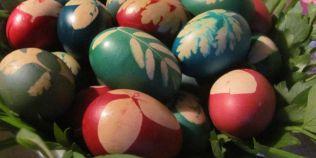 Cum vopsim natural ouale de Paste: metodele inedite pe care le foloseau bunicii nostri