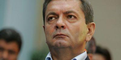 Demisioneaza sau nu Ioan Rus? Ministrul a ajuns la Guvern pentru a discuta cu premierul
