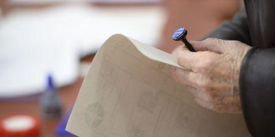 Cinci formatiuni ii cer lui Ciolos amanarea alegerilor locale: Procesul electoral porneste cu suspiciuni grave de frauda