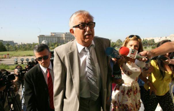 Zegrean acuza Parlamentul: Sa-i batem cu bata? 14.000 de legi nepuse in acord cu deciziile CCR