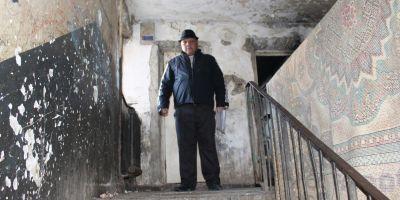 Cum a promis un candidat ce traieste in ghetourile Botosaniului ca va scapa orasul de saracie: