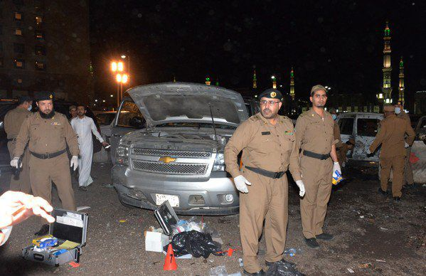 Val de atentate sinucigase in Arabia Saudita. Pare a fi mana ISIS