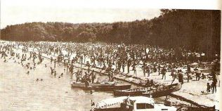 Cum se facea plaja la Dunare in urma cu peste un secol. Imagini si marturii despre romantica plaja Cocuta