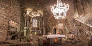 FOTO Un simbol al Romaniei a fost inclus in topul celor mai inedite locuri din lume in care pot fi organizate nunti