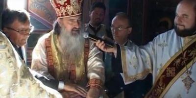 Preotul sinucigas din Arhiepiscopia Tomisului, inhumat fara straiele bisericesti. Sicriul a fost dus de la capela mortuara direct la cimitir