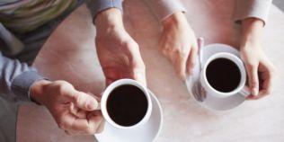Doua cesti de cafea pe zi curata ficatul. Ce efect au zaharul si sarea