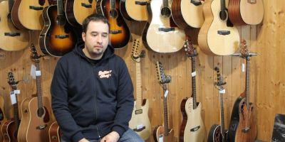 INTERVIU Basistul trupei