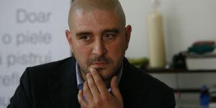 Razvan Exarhu debuteaza literar la Adevarul LIVE, de la ora 14.00. Ce ingrediente a pus in volumul