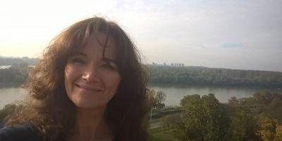 Femeia care trebuie sa-i apare in Romania pe pacientii cu cancer: