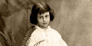Sindromul Alice, boala neurologica din spatele povestii
