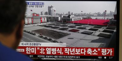 VIDEO Parada militara in Piata Kim Ir Sen din Phenian cu o zi inainte de deschiderea Jocurilor Olimpice in Sud