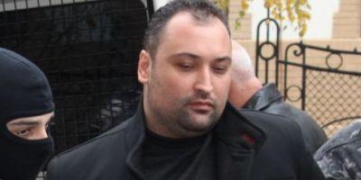 Principalul suspect triplei crime din localitatea Apa a fost trimis in judecata. Filmul complet al faptelor sale, prezentat de procurori