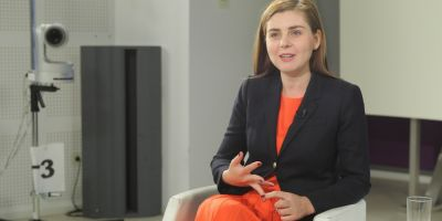 Fostul ministru de Finante Ioana Petrescu: Privind la cancanurile interne, nu mai vedem pericolele externe
