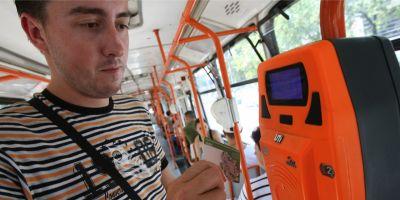 Turisti straini dezamagiti de Romania dupa o intalnire cu controlorii RATB: Le pare rau ca au venit intr-o tara unde sunt furati in 10 minute de la aterizare